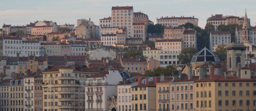 Seide, Schmankerl, Stiegenhäuser: Lyon